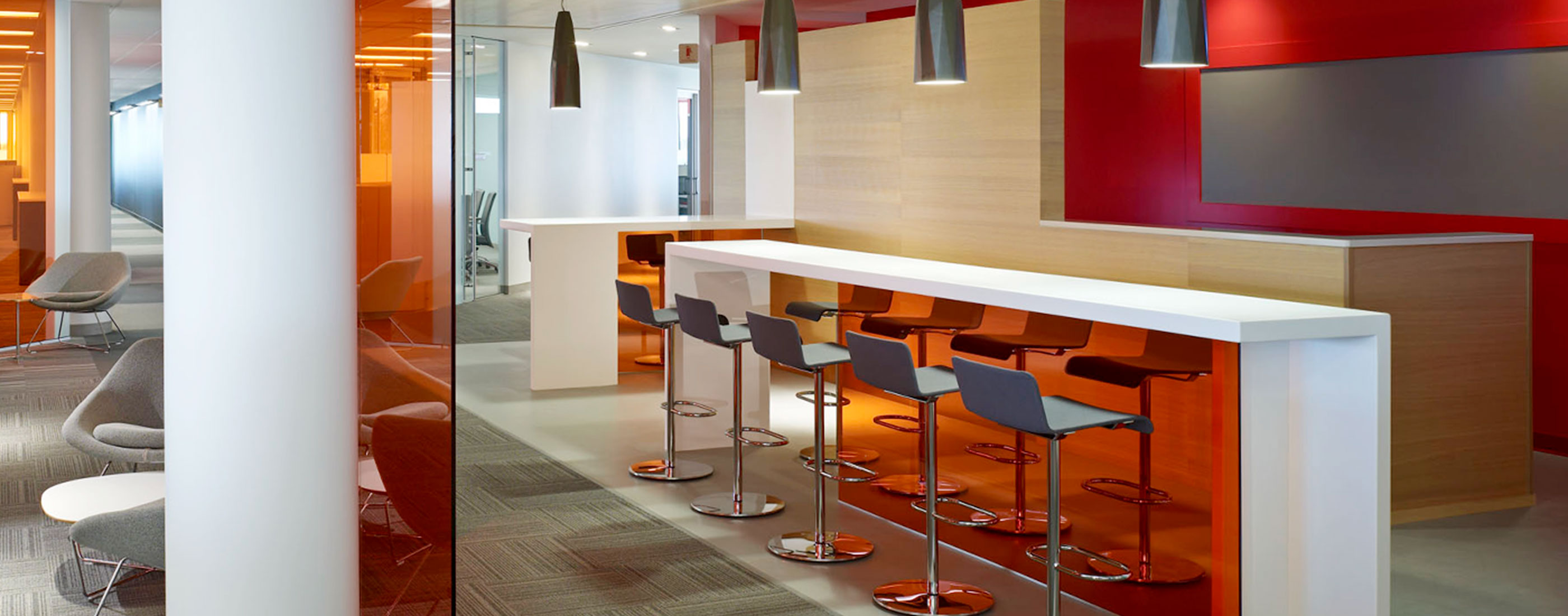 One of many informal meeting areas at the Cardinal Health Corporate Headquarters, designed by OHM Advisors.