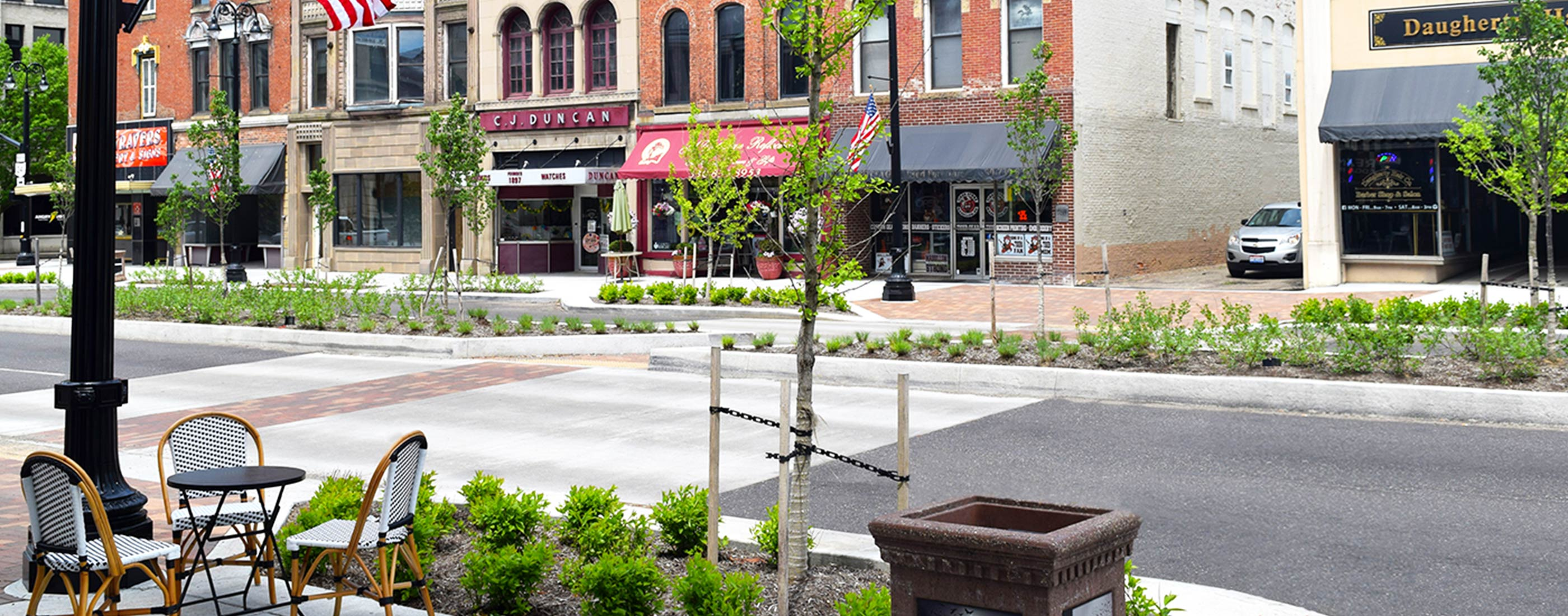 Pedestrian crossing 2 in Massillon streetscape